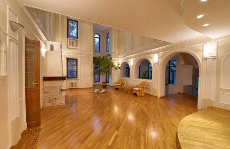 Consejos para instalar y mantener pisos de madera teca